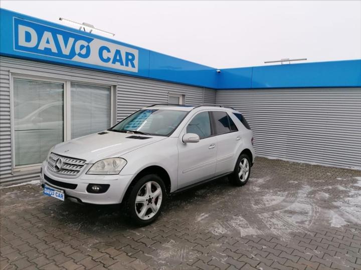 Mercedes-Benz Třídy M 3,0 CDI 165kW 4Matic Bi-xenon SUV nafta