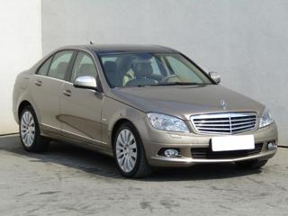 Mercedes-Benz Třídy C 3.5, Serv.kniha sedan benzin