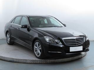 Mercedes-Benz Třídy E E 300 CDI 170kW sedan nafta