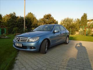 Mercedes-Benz Třídy C 2,1 250,CDi,automat,150kw,4x4 sedan nafta