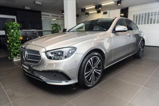 Mercedes-Benz Třídy E 2,9 400 d 4M/Premium/Masáž/Burmester/AIRMATIC  IHNED sedan nafta