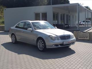 Mercedes-Benz Třídy E 2,2 220 CDI, AUTOMAT,ČR,VÝHŘEV sedan nafta