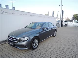Mercedes-Benz Třídy E E 220 d 4M AVANTGARDE 1maj./CZ sedan nafta