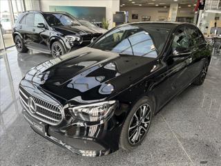 Mercedes-Benz Třídy E .   E 220d AV, Night paket sedan nafta