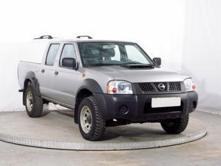 Nissan Double Cab 2.5 Di 98kW terénní nafta