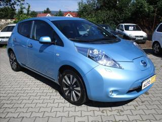 Nissan Leaf 0,1   30 kW ,TEKNA, KOUPENO V ČR hatchback elektro
