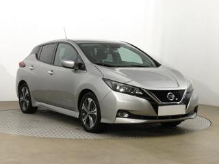 Nissan Leaf 40 kWh 110kW hatchback elektro