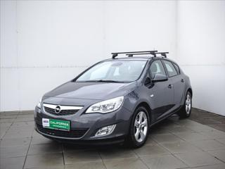 Opel Astra 1,7 CDTi Aut.klima, Tempomat hatchback nafta