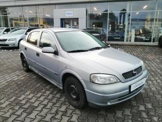 Opel Astra 1,6   16V hatchback benzin