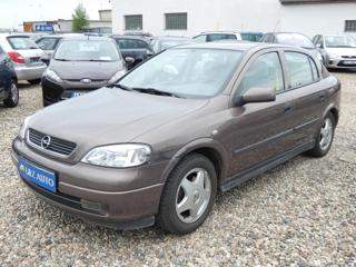 Opel Astra 1,8 G 1,8 16V CDX hatchback benzin