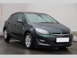 Opel Astra 1.4T, Výhřev sed, park.čidla hatchback benzin