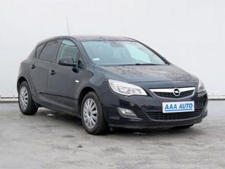 Opel Astra 1.6 16V 85kW hatchback benzin