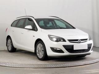 Opel Astra 1.4 T 103kW kombi benzin