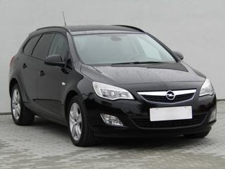 Opel Astra 1.7 CDTi, Serv.kniha, ČR kombi nafta