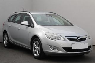 Opel Astra 2.0 CDTi, Serv.kniha, ČR kombi nafta