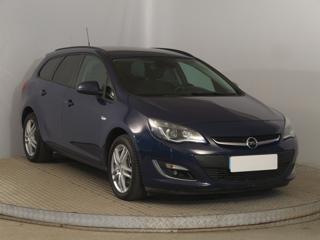 Opel Astra 1.7 CDTI 81kW kombi nafta