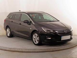 Opel Astra 1.6 CDTI 81kW kombi nafta