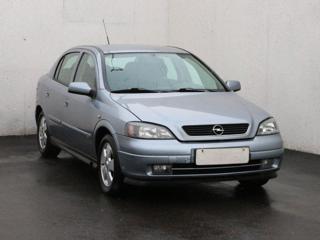 Opel Astra 1.6, 1.maj, Serv.kniha, ČR liftback benzin