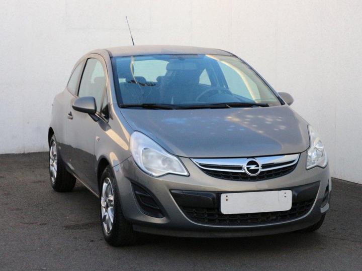 Opel Corsa 1.3, ČR hatchback benzin