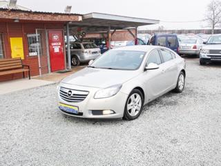 Opel Insignia 2.0 CDTi hatchback nafta