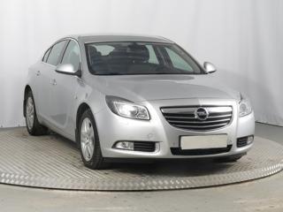Opel Insignia 2.0 CDTI 118kW hatchback nafta