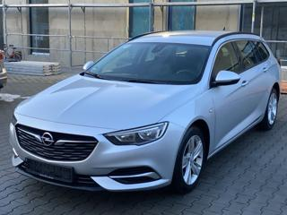 Opel Insignia kombi nafta