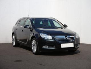 Opel Insignia 2.0 liftback nafta