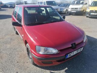 Peugeot 106 1,0i hatchback