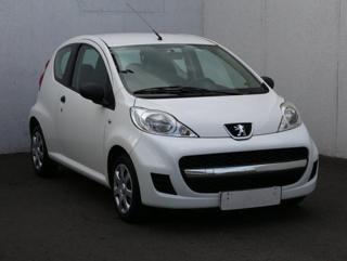 Peugeot 107 1.0i hatchback benzin
