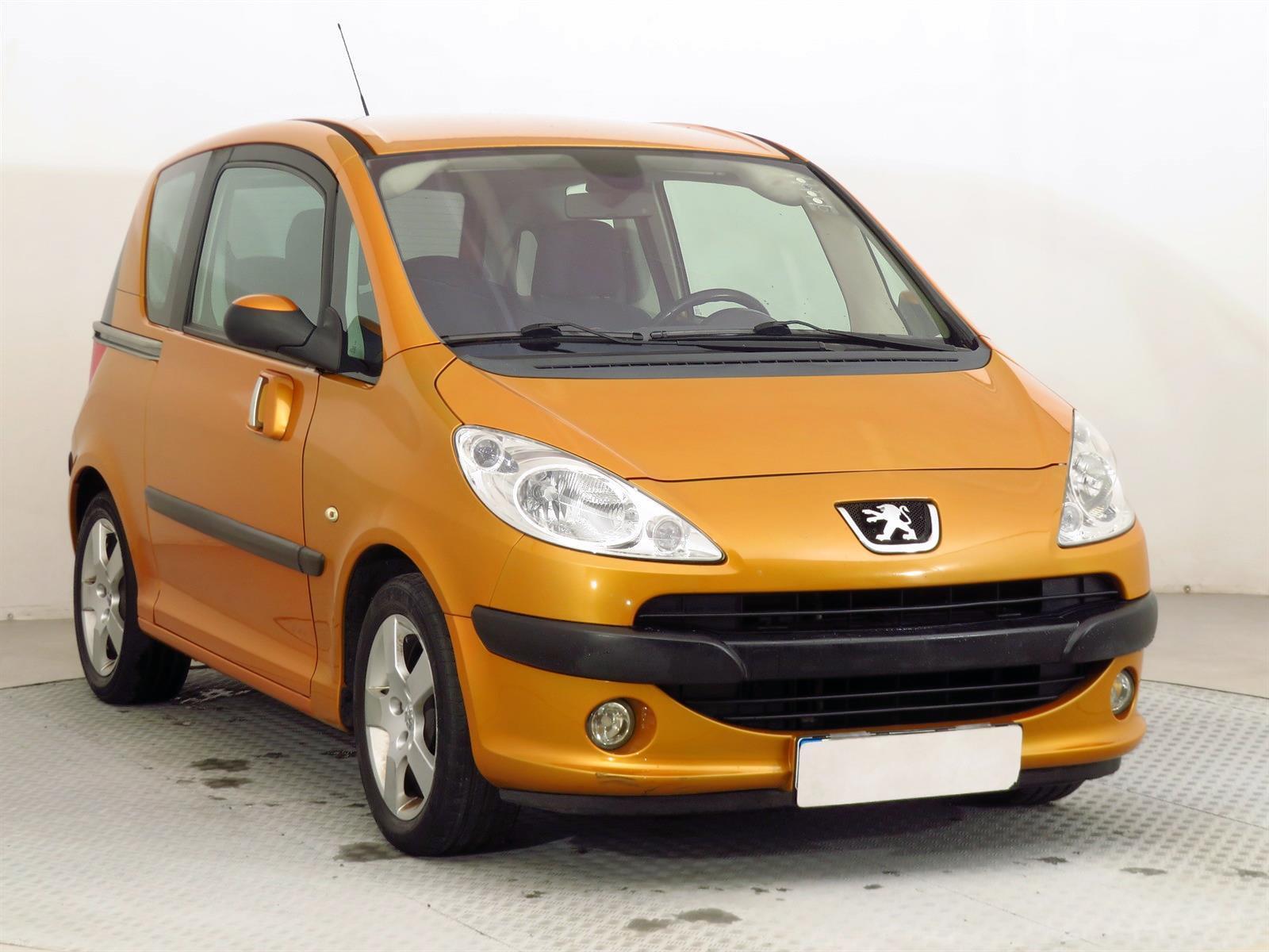 Peugeot 1007 1.6 16V 80kW hatchback benzin