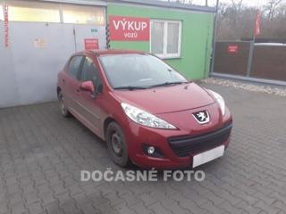 Peugeot 207 1.4, ČR, Sada Pneu hatchback benzin
