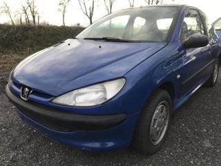 Peugeot 206 1.1 i hatchback benzin