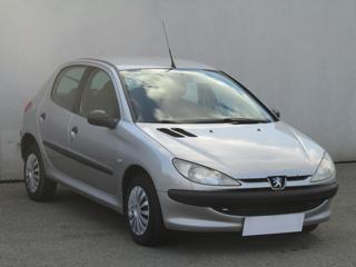 Peugeot 206 1.1i hatchback benzin