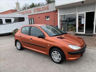 Peugeot 206 1,4  i hatchback benzin