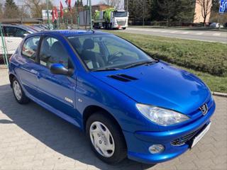 Peugeot 206 1,1   PĚKNÝ STAV, STK 4/2023 hatchback benzin