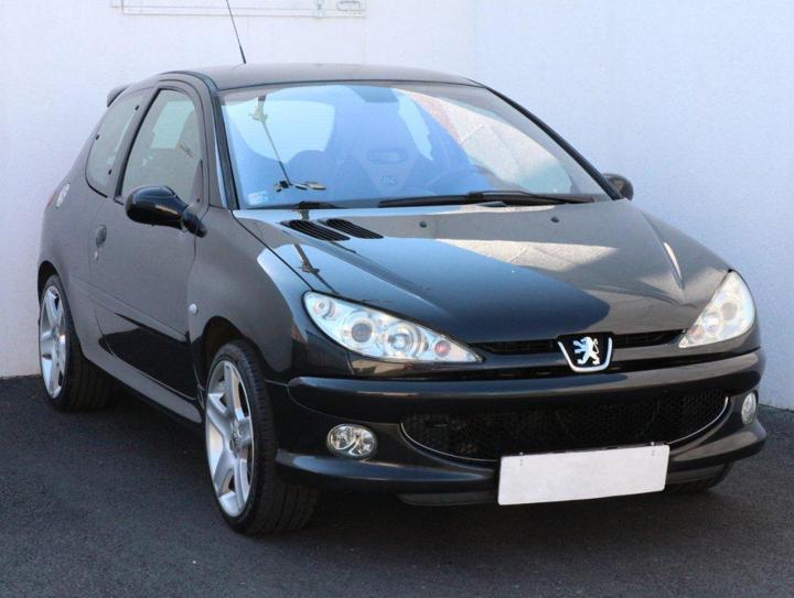 Peugeot 206 1.4 16V hatchback benzin