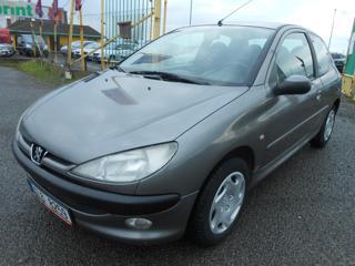 Peugeot 206 1.4 55 kW KLIMA Historie hatchback