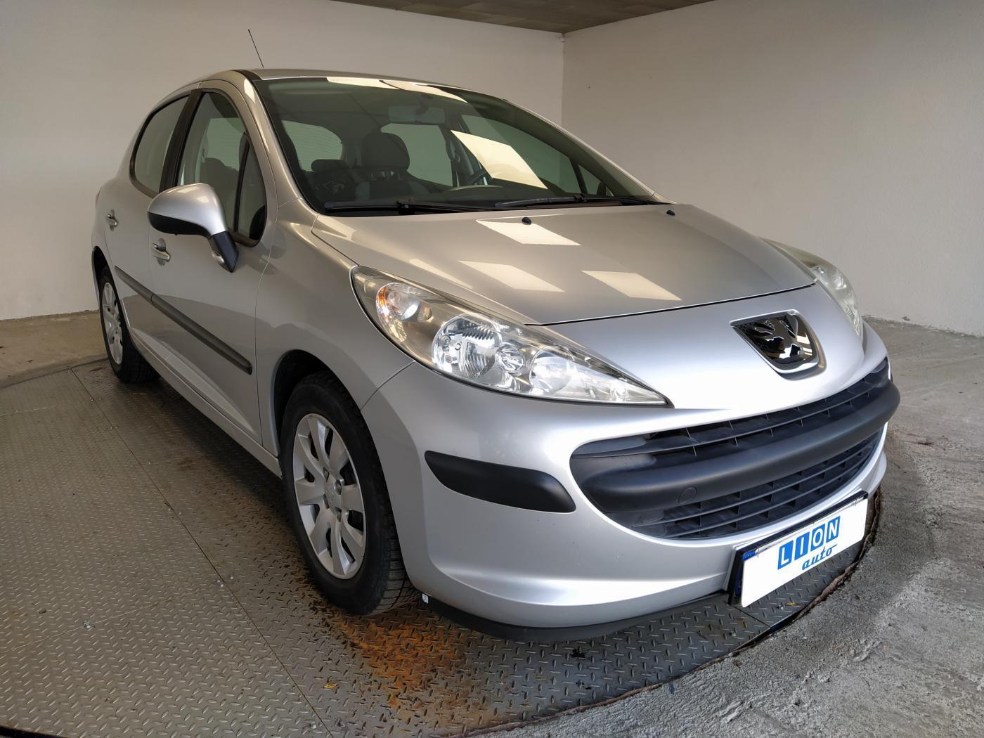 Peugeot 207 1.4 16V hatchback
