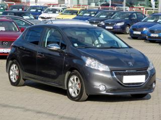 Peugeot 208 1.2 PureTech 60kW hatchback benzin