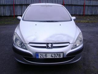 Peugeot 307 2.0HDI XR hatchback