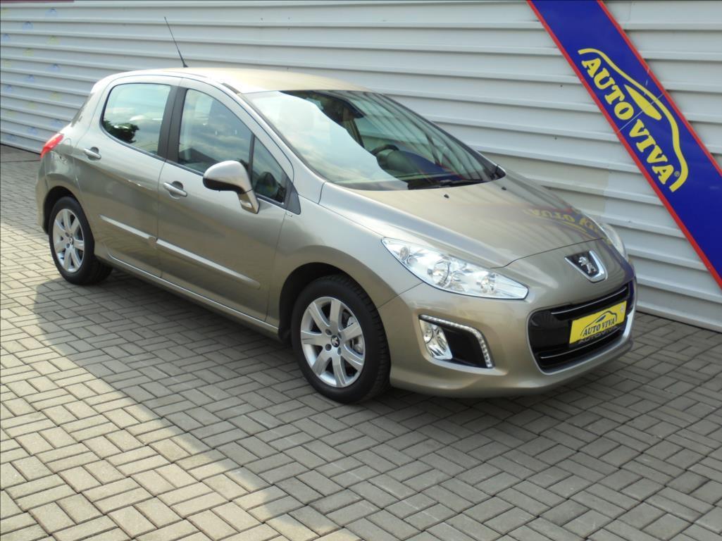 Peugeot 308 1,6 VTi Poctivé Km,ČR,Klima hatchback benzin