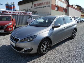 Peugeot 308 1.2i PureTech hatchback