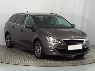 Peugeot 308 1.2 PureTech 96kW kombi benzin