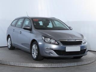 Peugeot 308 1.6 BlueHDi 73kW kombi nafta