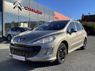 Peugeot 308 1,6 VTi 88kW PANORAMA ČR kombi benzin