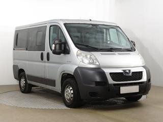 Peugeot Boxer 2.2 HDI 88kW minibus nafta