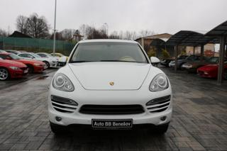 Porsche Cayenne 3.0d, panorama, ČR, SUV