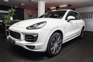"""Porsche Cayenne 3,0 Diesel/Sport Design Paket/21""""  IHNED SUV nafta"""