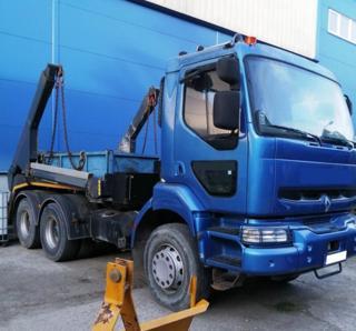 Renault pro přepravu kontejnerů