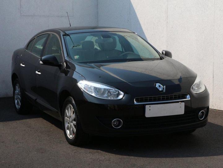 Renault Fluence 1.6, ČR sedan benzin